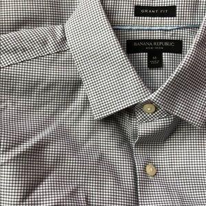 Banana Republic Grant dress shirt - medium slim